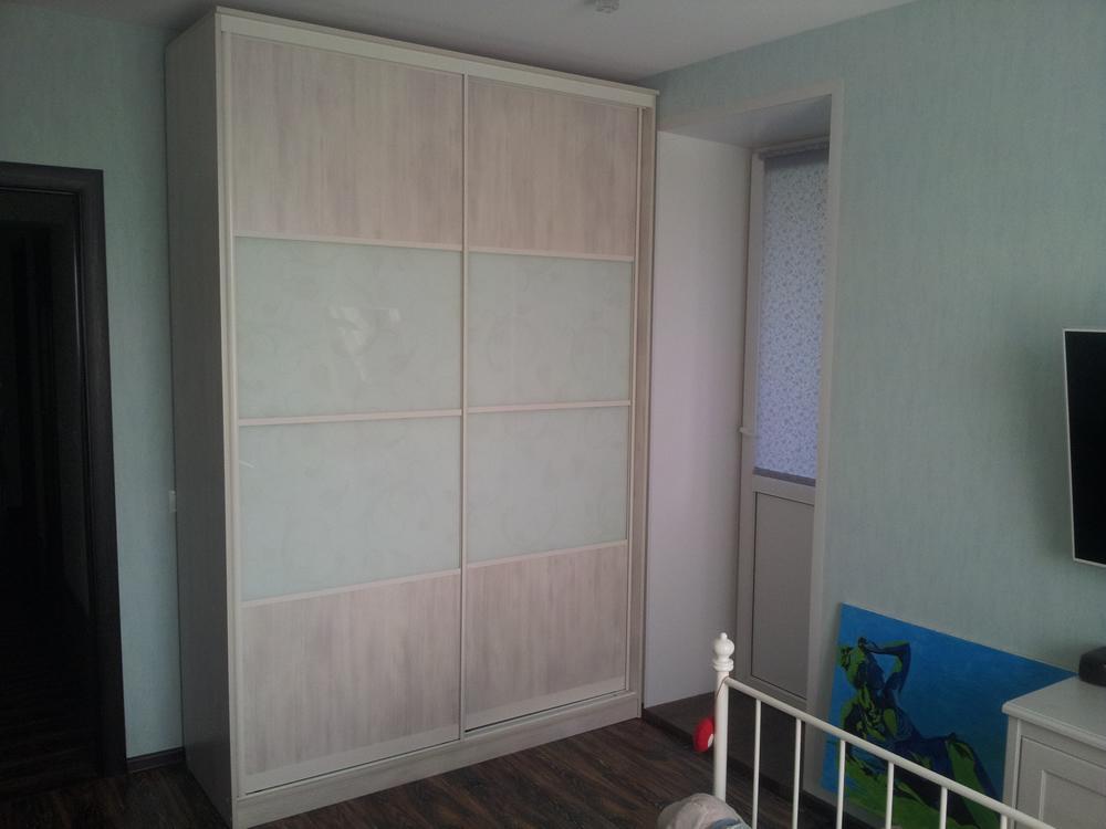Детская мебель шкаф в детской
