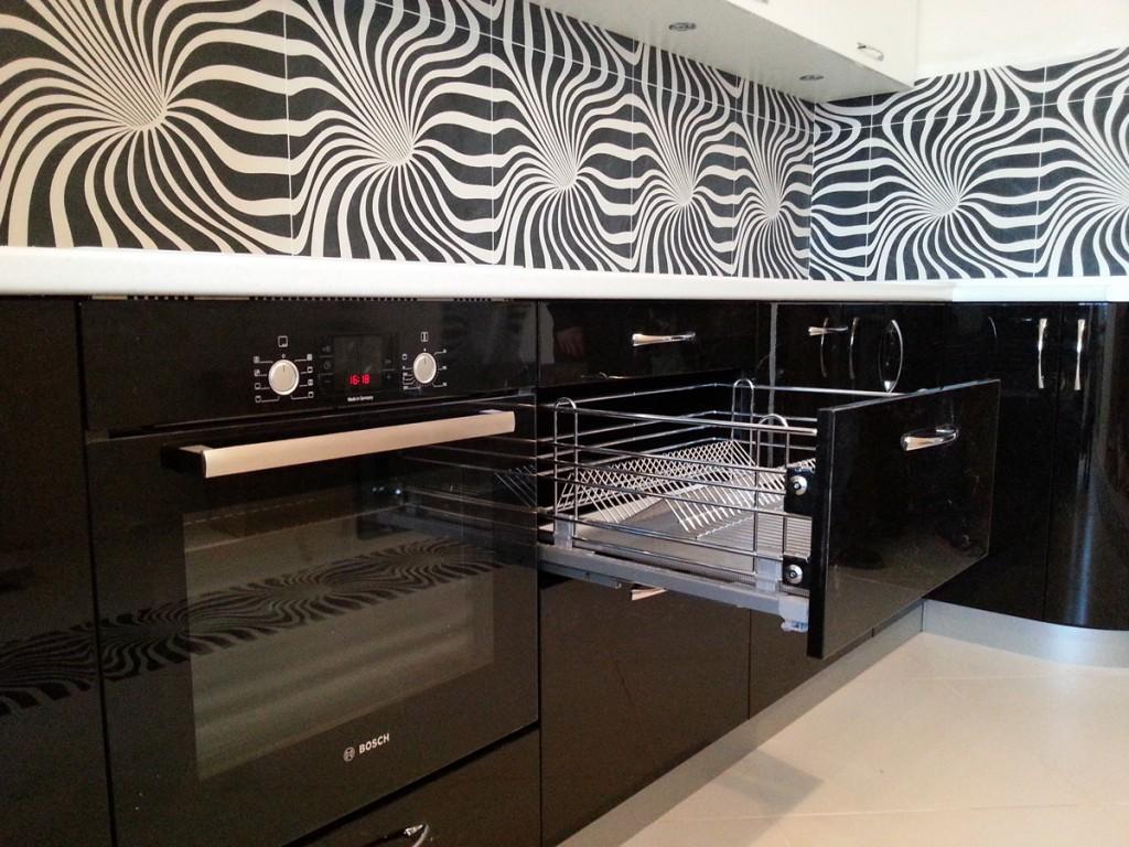 Изысканная кухня в современном стиле — выполнена на заказ