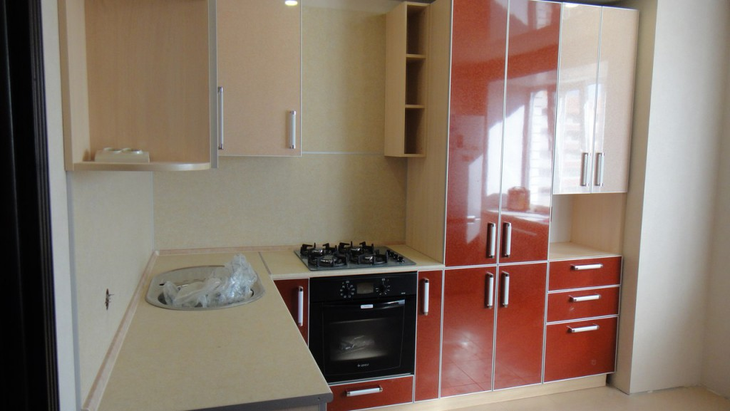 Кухня в современном стиле — выполнена на заказ.
