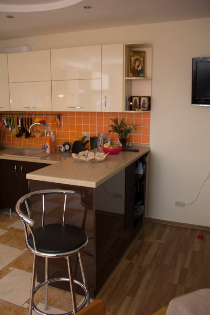 Умная кухня в современном стиле на заказ