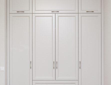 Встроенный шкаф в прихожую 3