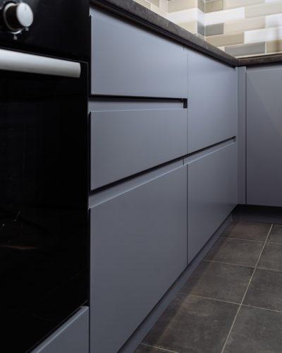Кухня на заказ с современным и минималистичным дизайном