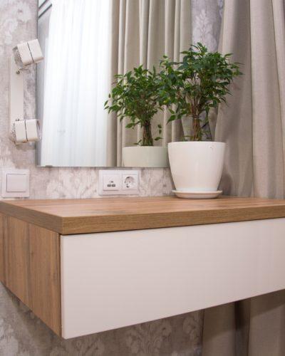 Туалетный столик в спальню на заказ